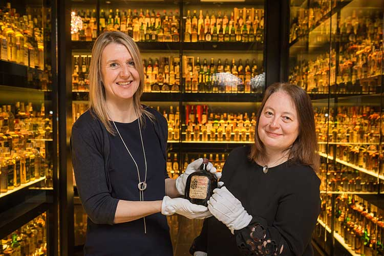 L-R Susan Morrison of SWE and Diageo archivist Christine McCafferty